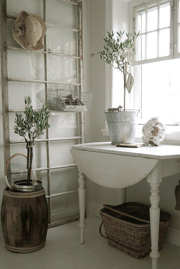 19 ideen um alte fensterrahmen wiederzuverwenden und vintage deko daraus zu basteln. Black Bedroom Furniture Sets. Home Design Ideas